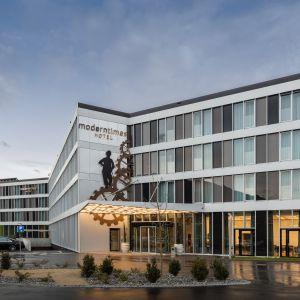 http://www.moderntimes-hotel.ch/application/files/thumbnails/thumb_list_2x/2014/7281/6393/222.jpg