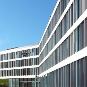 http://www.moderntimes-hotel.ch/application/files/thumbnails/thumb_list_2x/2214/5025/9019/moderntimes3.jpg